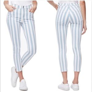 Good American blue and white striped jeans 26